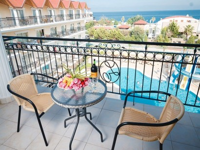 Loceanica-Beach-Resort-Hotel-9-mno2xf15vv6yd8jhaiegp7amidit3fzoe8tjlnvzao